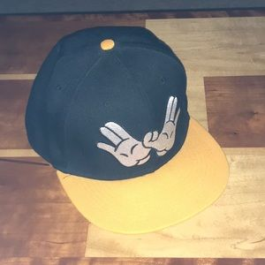 Cayler and Sons wutang hands SnapBack